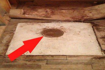 Дед и бабушка завещали дом молодой паре. Когда внук отодвинул диван, то заметил дыру в полу…