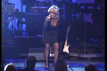 76-летняя Тина Тёрнер на свой день рожденье спела супер-хит Simply the BEST!