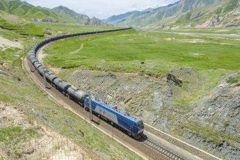 Как за всего за пять лет построить дорогу из Китая в Тибет