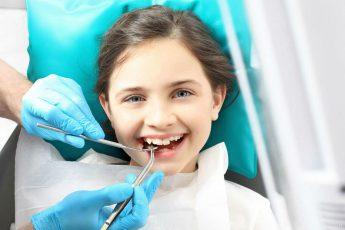 Детский врач-стоматолог: что делает, что лечит, когда надо посетить?